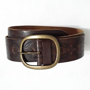 Abercrombie & Fitch brown belt